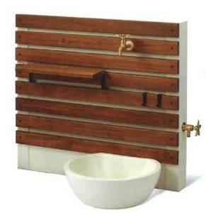 使いやすくオシャレな立水栓・TOSHINの壁タイプ「UNティーラ」