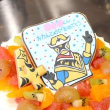 子供に大人気のスターニンジャーのメッセージクッキーがのったバースデーケーキ