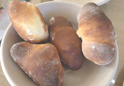 プレーンなパン