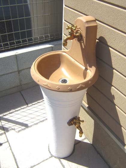 立って使える立水栓