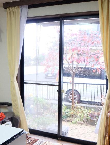 【設置前のリビングの掃き出し窓】