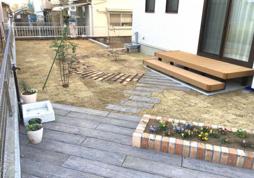 リフォーム後の庭の全景