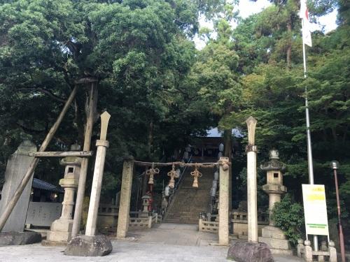 枚岡神社参道